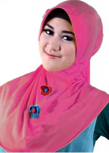 Kayla Yasmin Pink Fanta