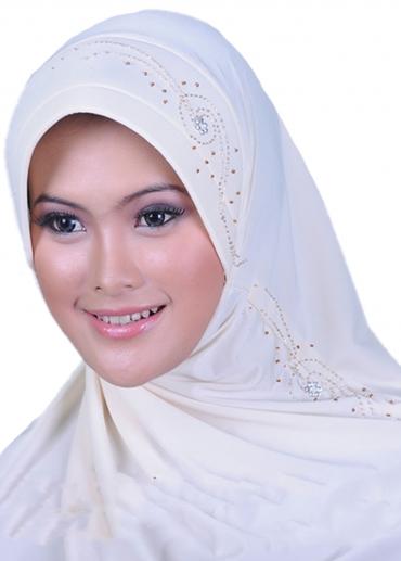 Nabila Hafshah Putih Tulang 001