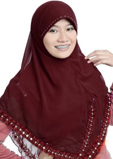 Classic Renda Merah Marun